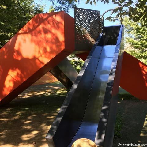 檜町公園すべり台