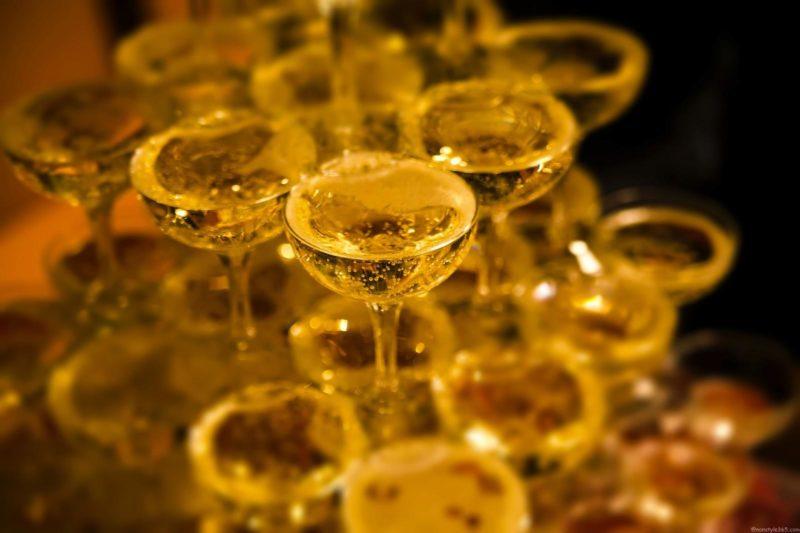 シャンパンタワーとスキンケア